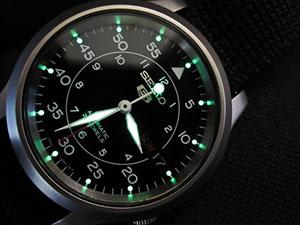 seiko-snk809-automatic-review-lume