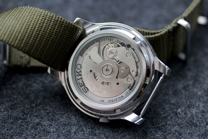 seiko-snk809-automatic-review-movement-2